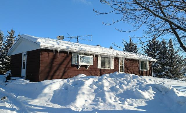 , WI - siding, gutters near Hudson, lots of snow and ice dams