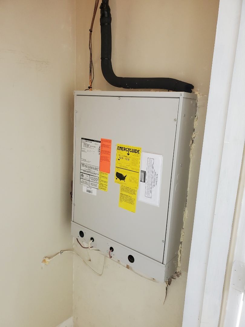 Annapolis, MD - New FIRST COMPANY Thru-The-Wall AC unit and gas furnace for a Condominium in Annapolis. We do condos too.
