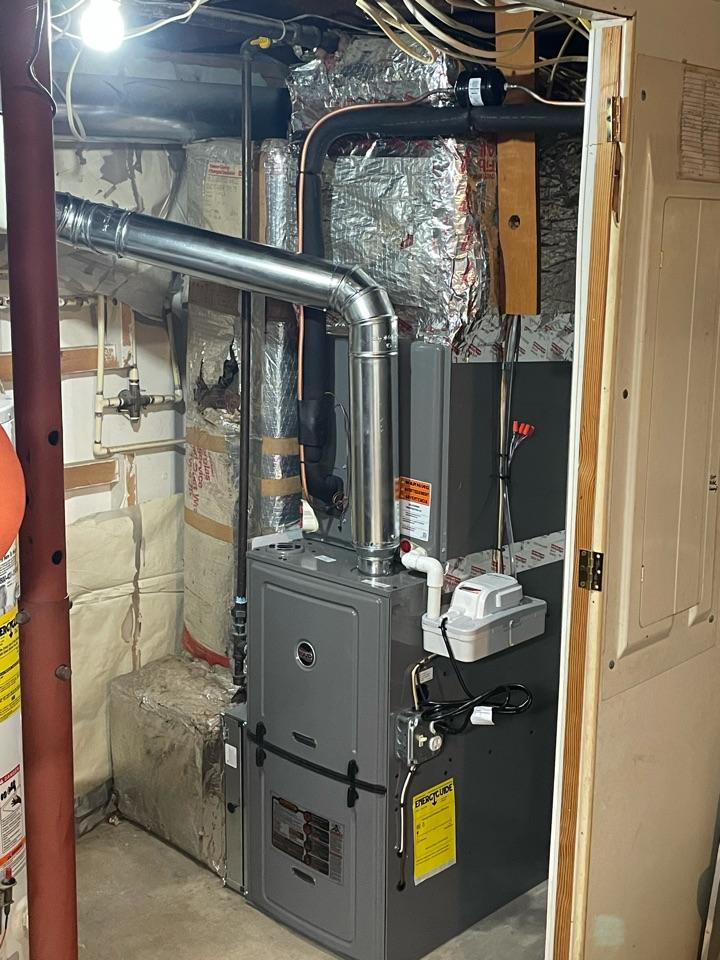 Abingdon, MD - Rheem 80 plus75,900 btu furnace with 2.5 ton 16 seer AC