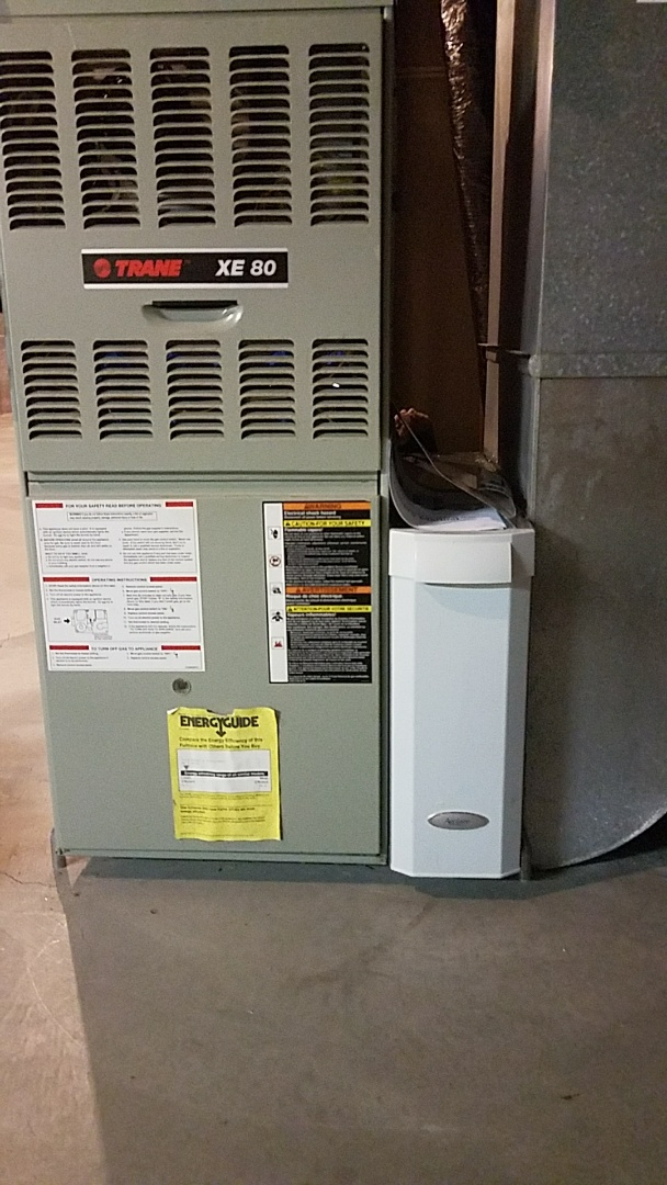 Eagan, MN - Install new Aprilaire media filter, on a Trane furnace