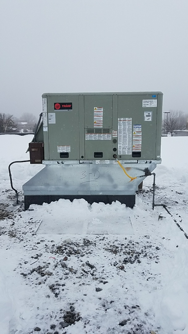 Burnsville, MN - Performed  a New Trane Rooftop unit install
