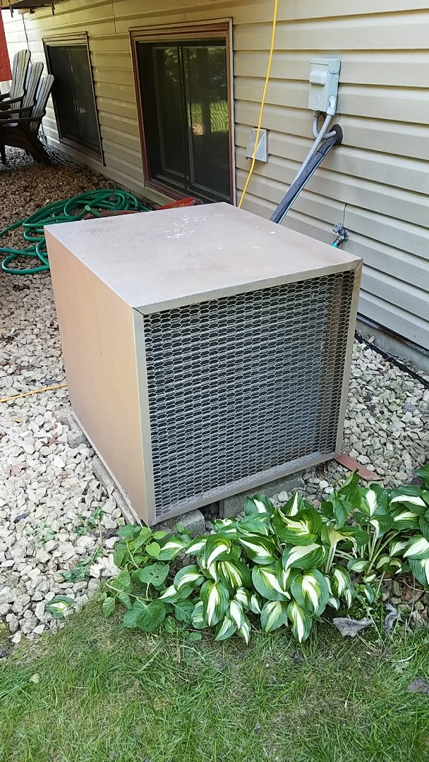 Burnsville, MN - ac service call. Performed a repair on a air conditioner