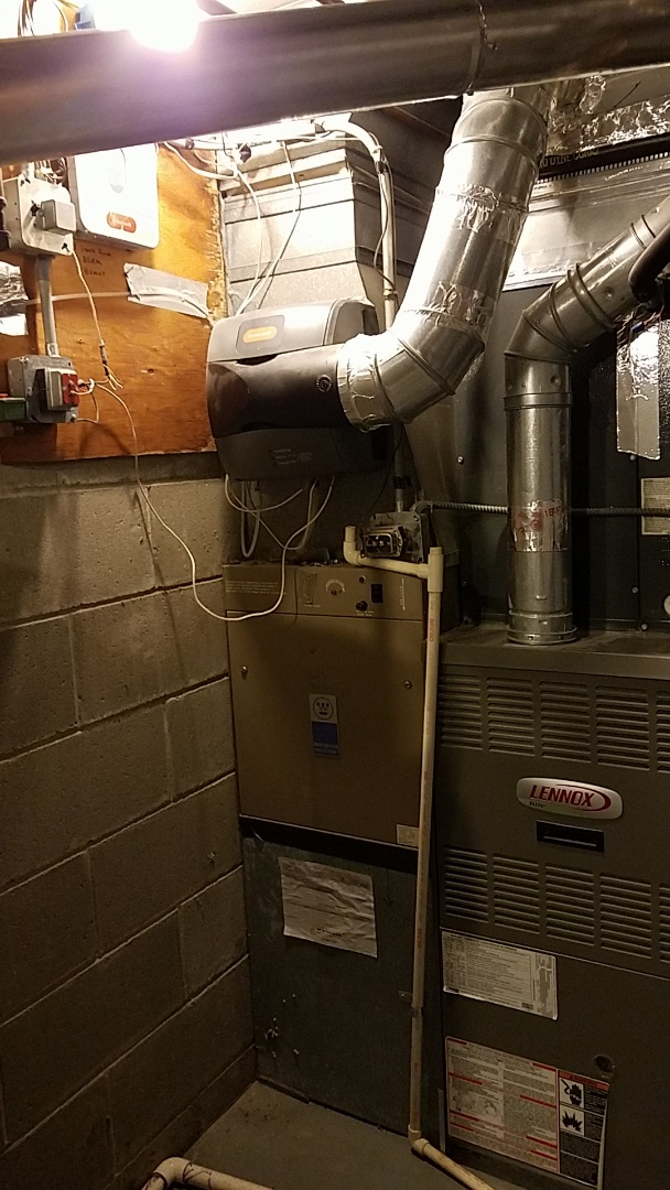 Burnsville, MN -  Air Conditioning service call on a Lennox system. Repair Honeywell zone damper