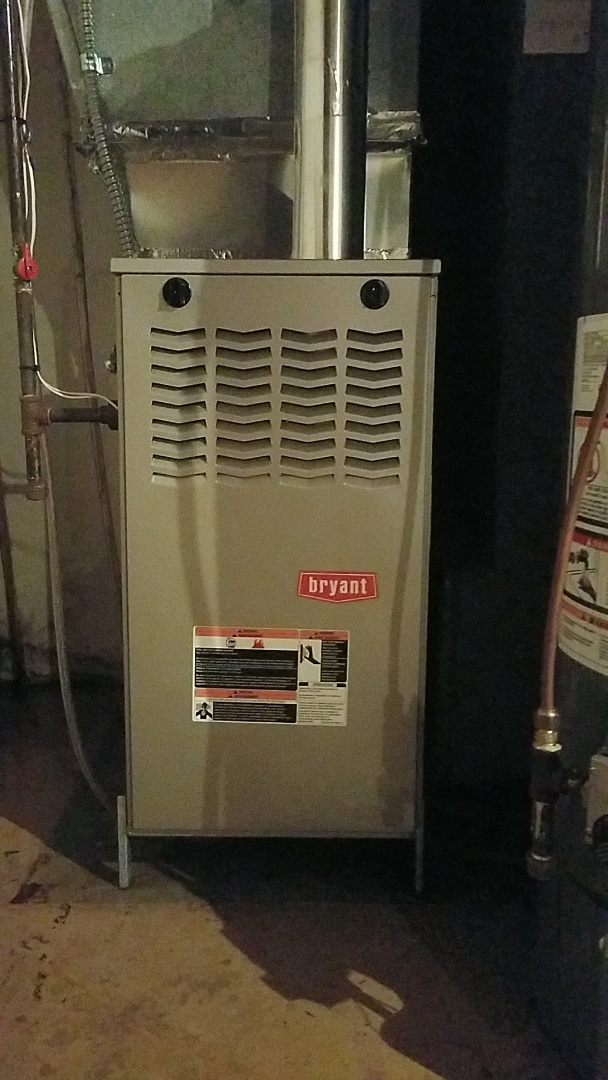 Burnsville, MN - Ac Service call. Performed Air Conditioning repair on a Bryant system