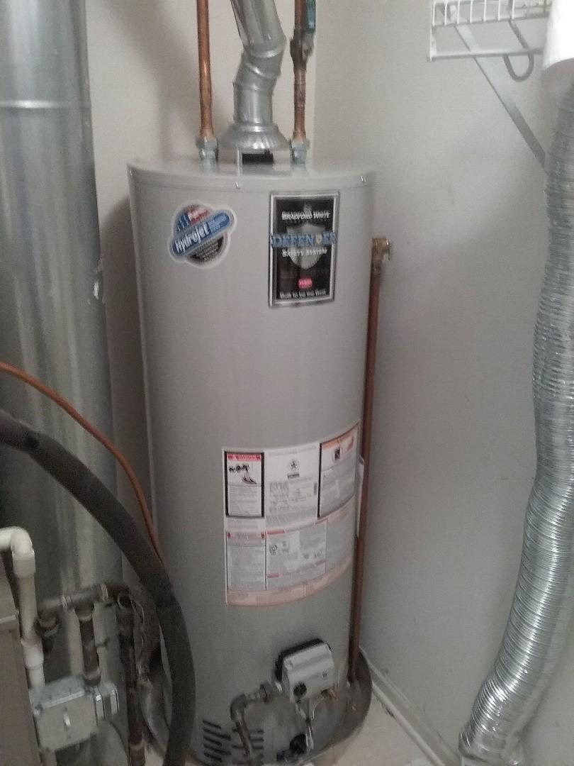 Aurora, IL - Installed a 40gal Bradford white hot water heater