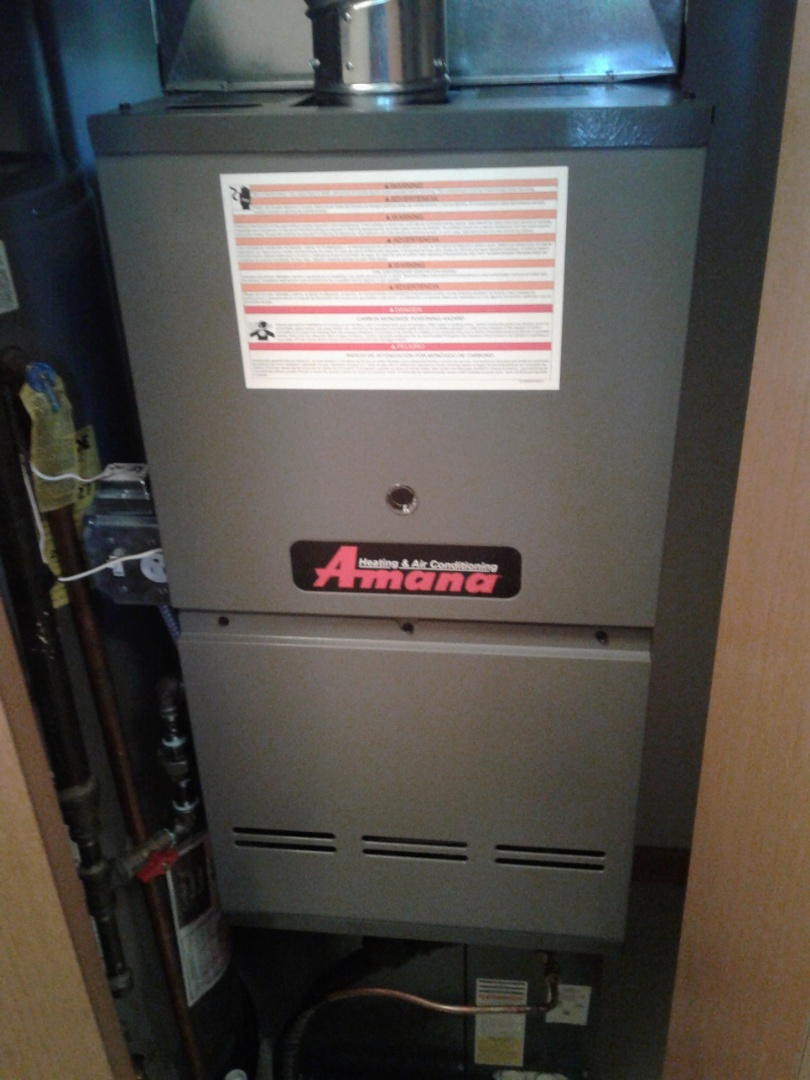 Crest Hill, IL - Complete furnace start up on Amana. All is workingnproperly at this time.