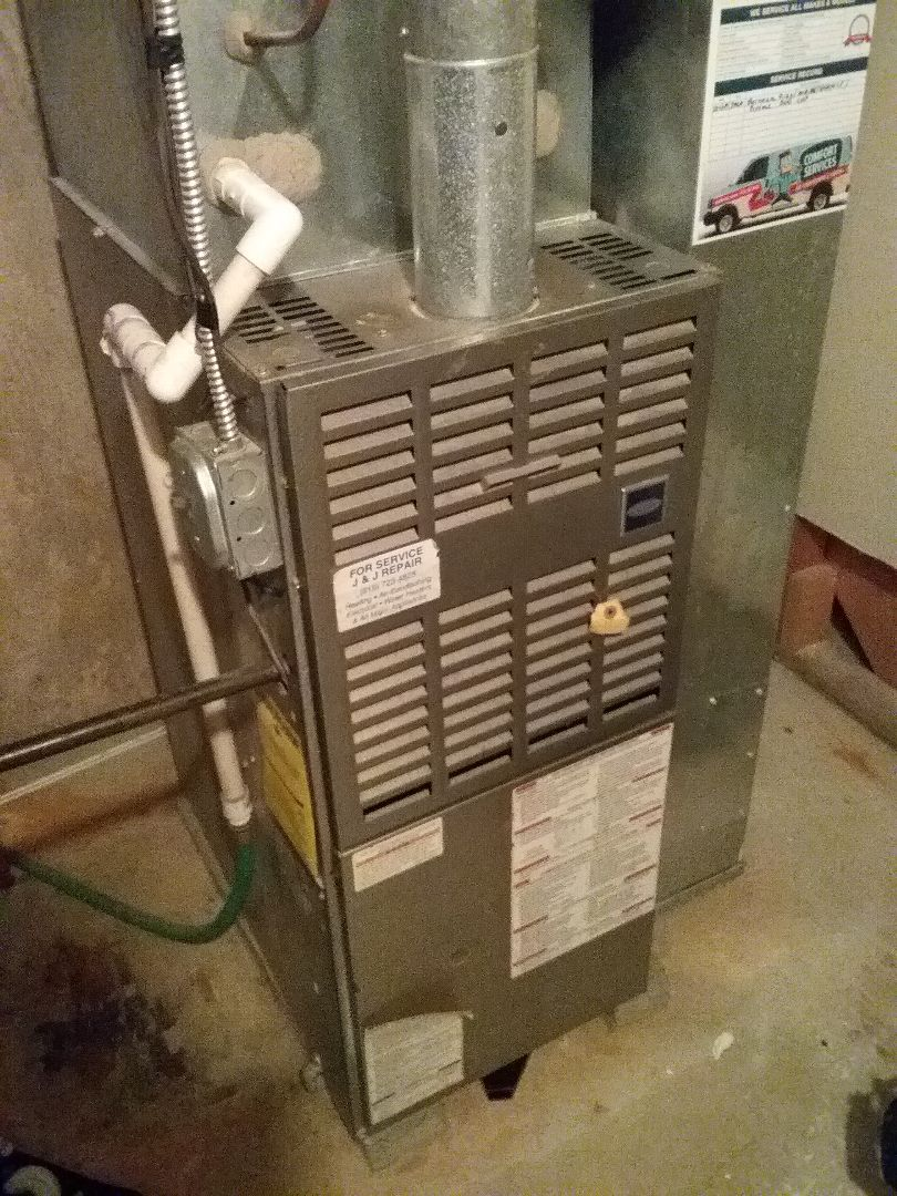 Naperville, IL - Maintenance on a Carrier furnace