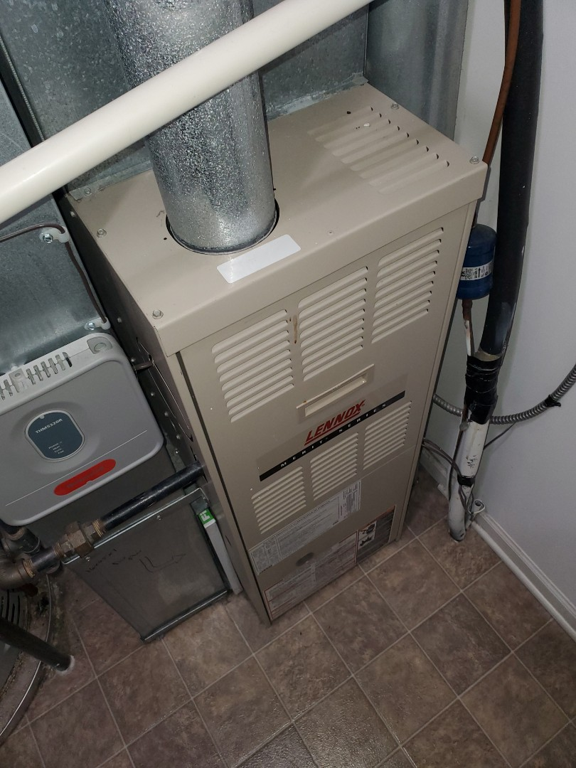 Plainfield, IL - Complete furnace maintenance on Lennox. All is okay at this time.