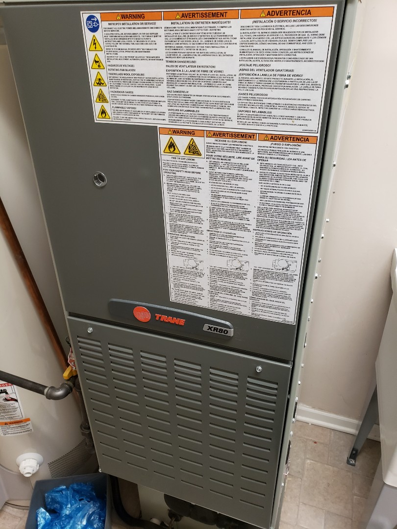 Romeoville, IL - Complete furnace maintenance and uv light install. All equipment is operating properly.