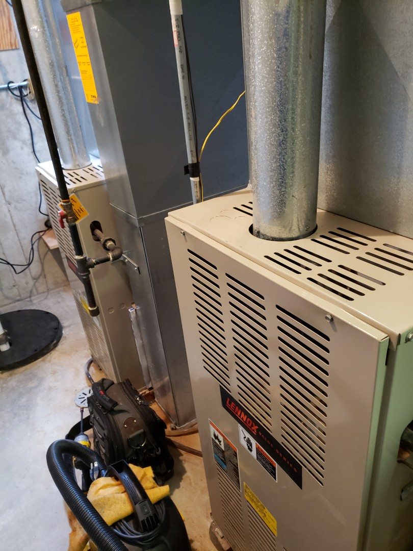 Naperville, IL - Complete 2 furnace maintenance. All equipment is operating properly.