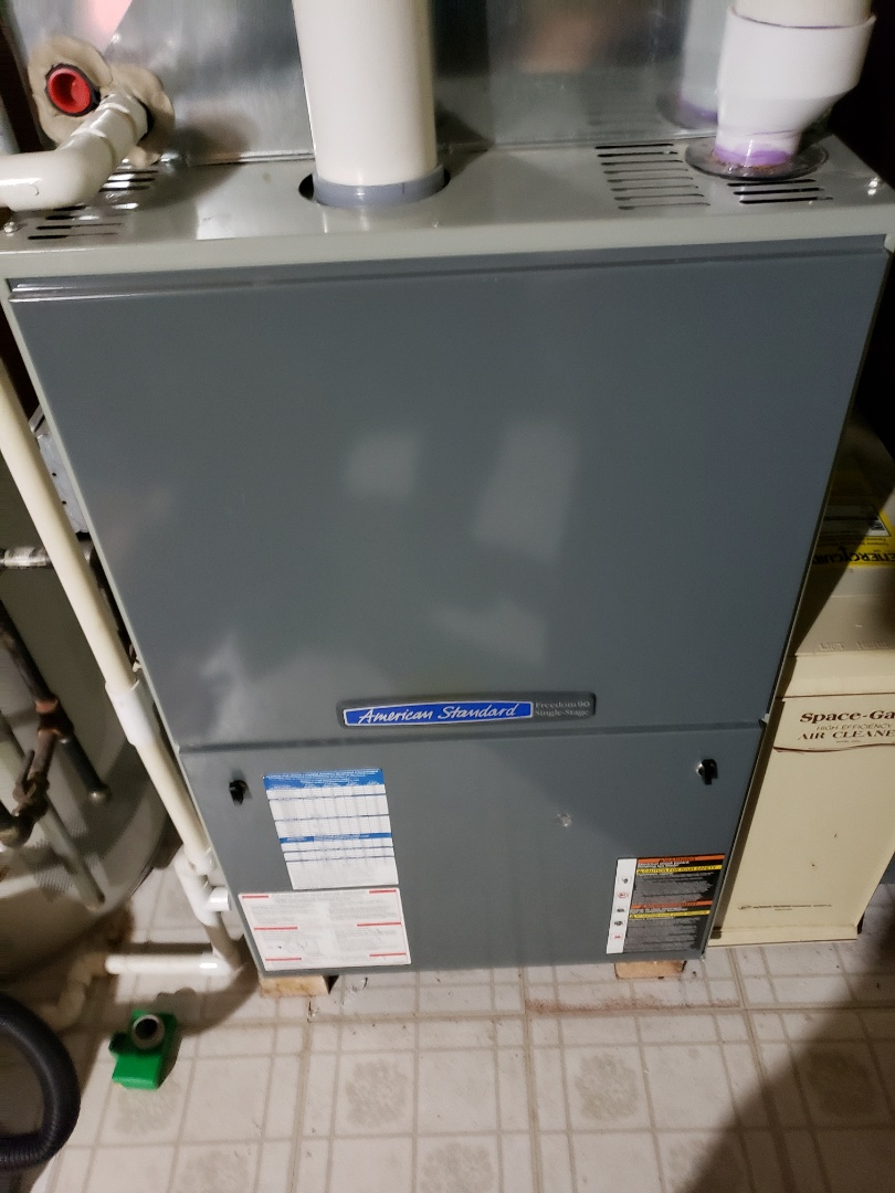 Plainfield, IL - Complete furnace maintenance. Replaced run cap. Recommend replacing furnace.