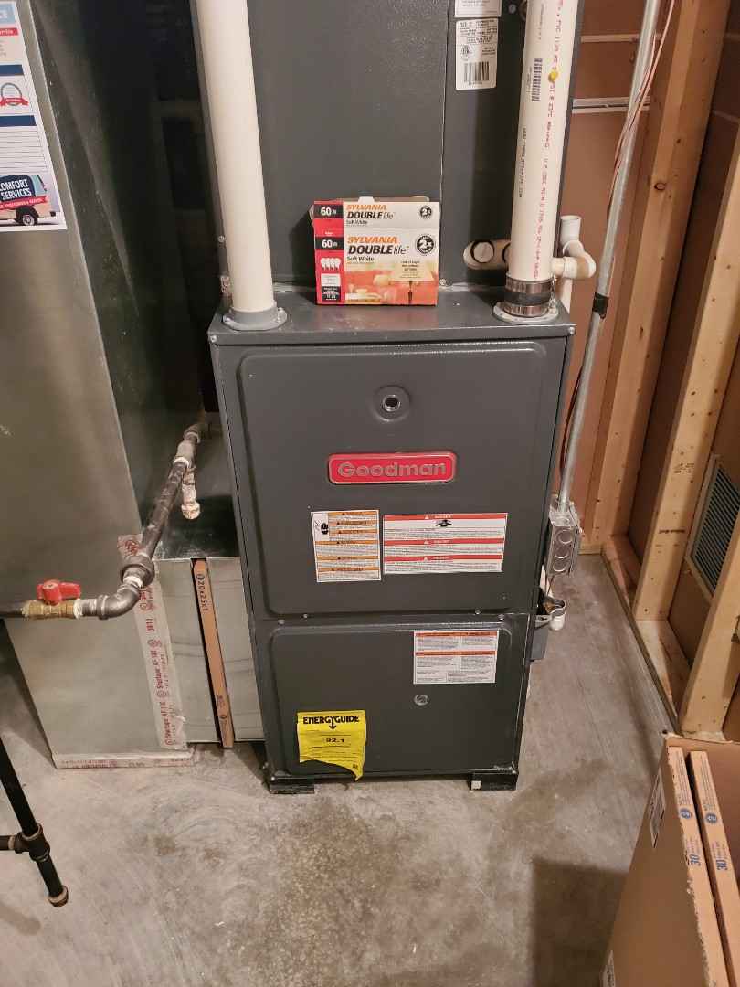 Bolingbrook, IL - Complete furnace maintenance on goodman. All is okay at this time; customer is aware of recommendations.