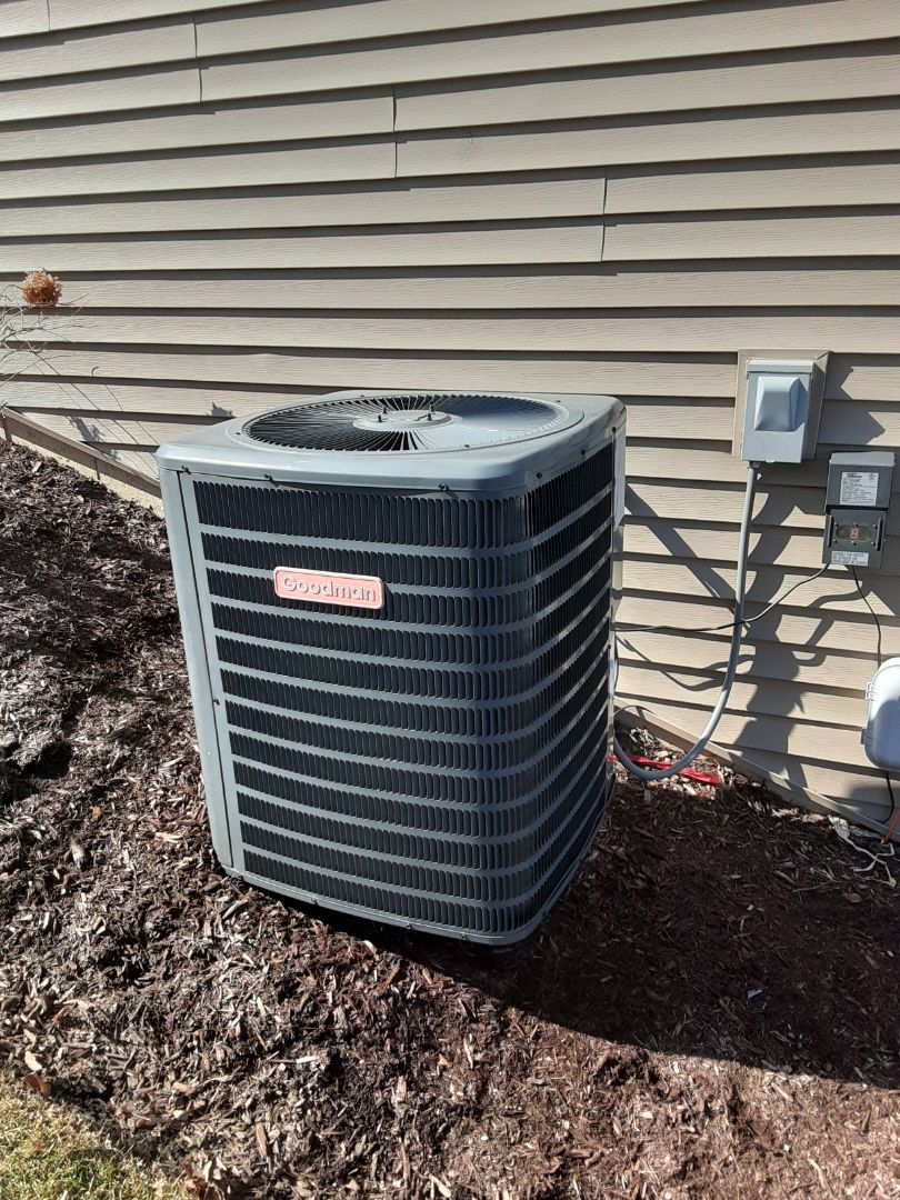 Bolingbrook, IL - Complete ac maintenance on Goodman. Dual cap replaced. All is operating properly.