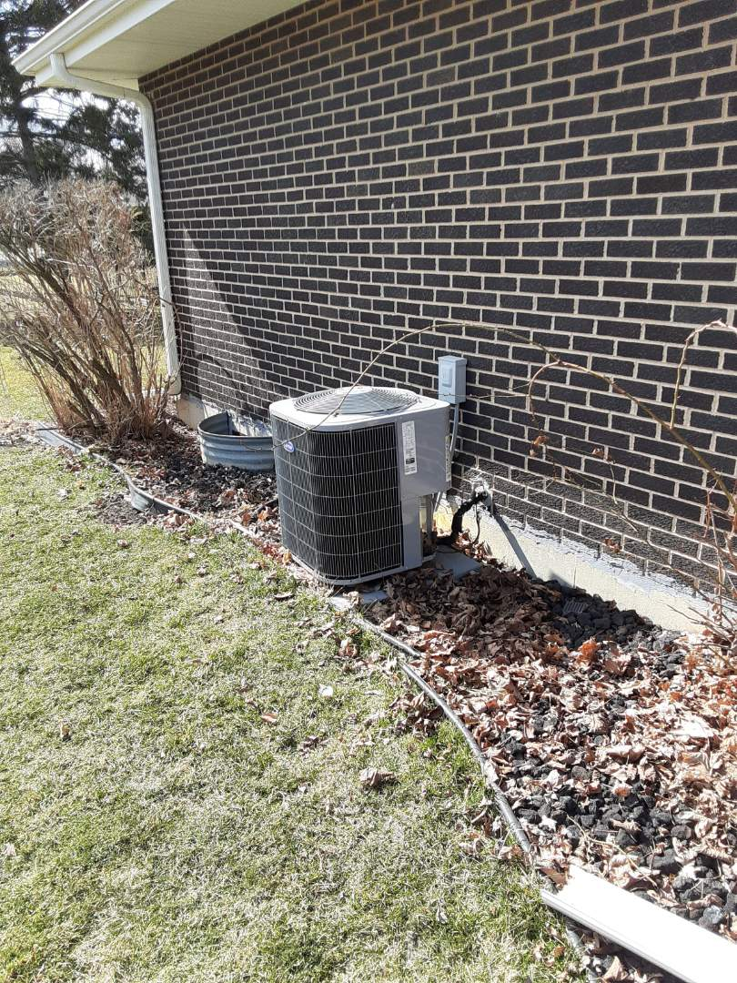 New Lenox, IL - Complete ac maintenance. Installed hsk. All is operating properly.