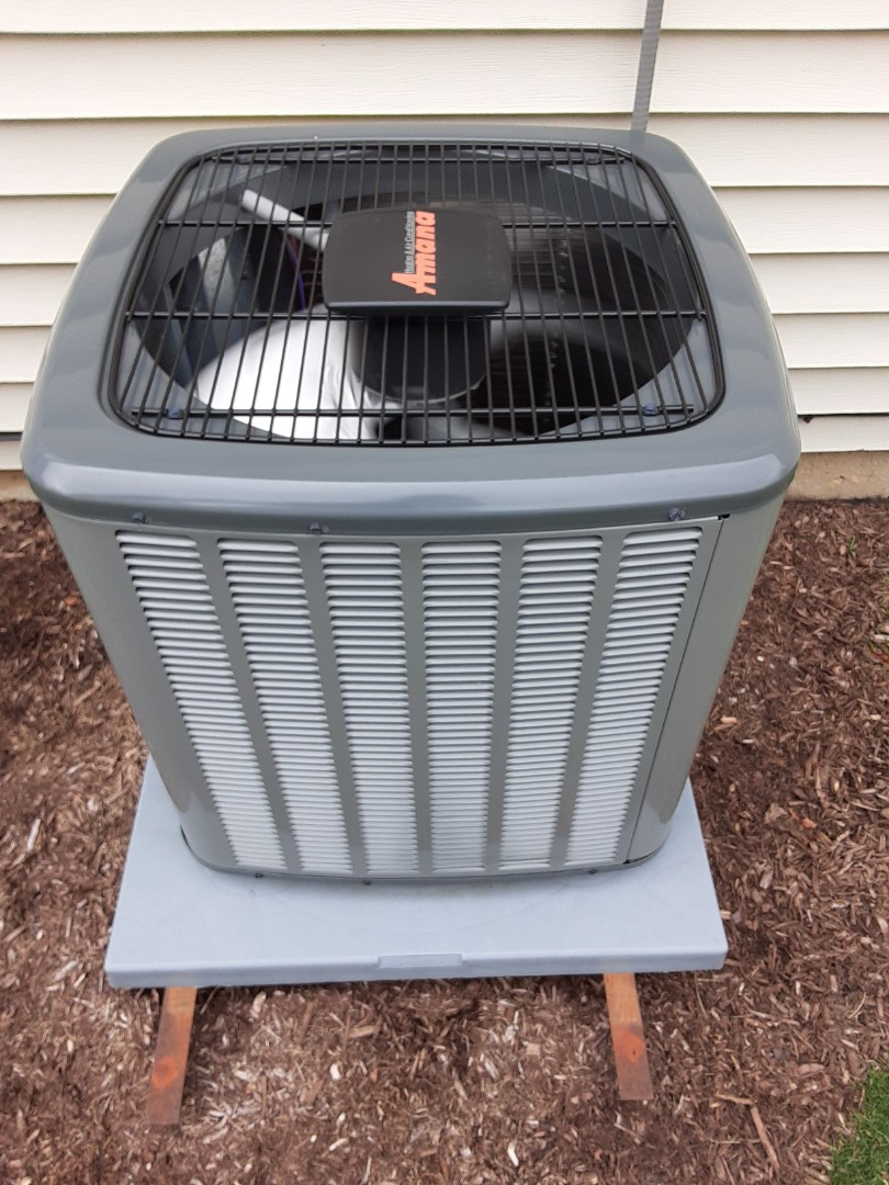 Crest Hill, IL - Complete ac maintenance . Recommend a duct cleaning.