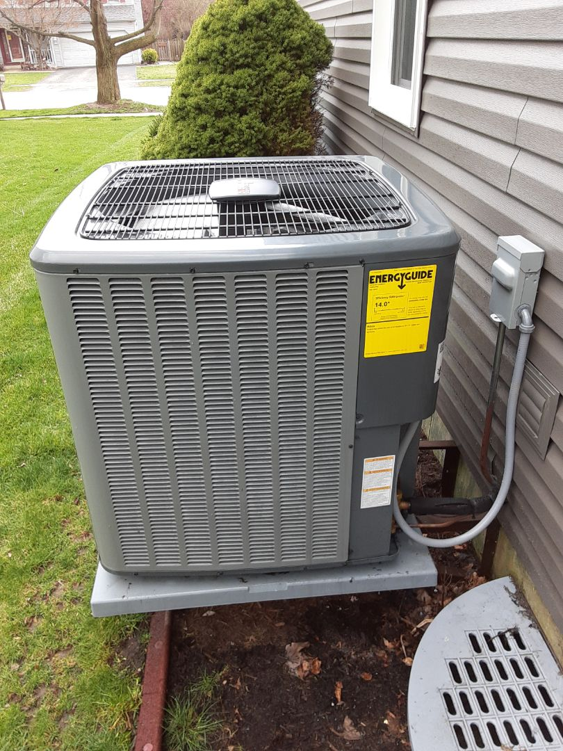 Oswego, IL - Complete ac maintenance. All is operating properly at this time.