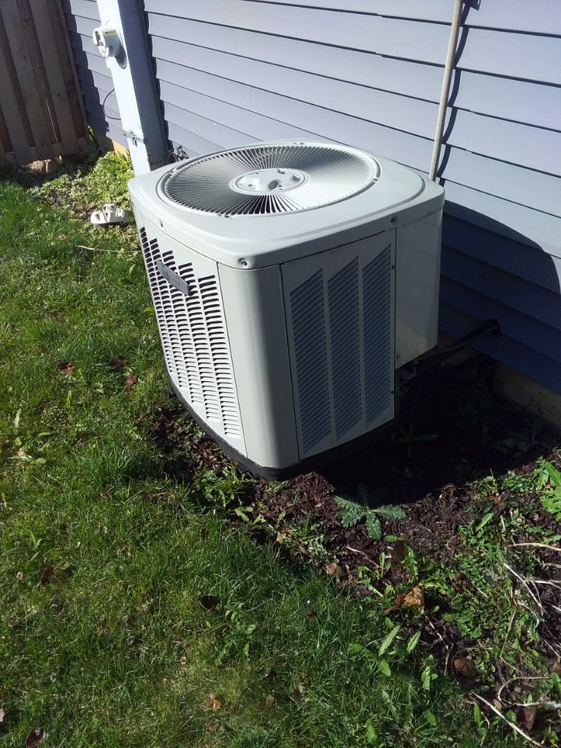 Joliet, IL - Completed spring maintenance on a trane system.