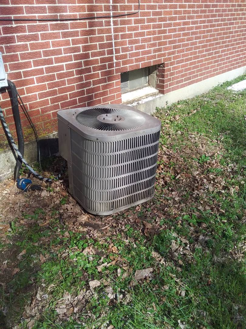 Joliet, IL - Completed spring maintenance on a Goodman system