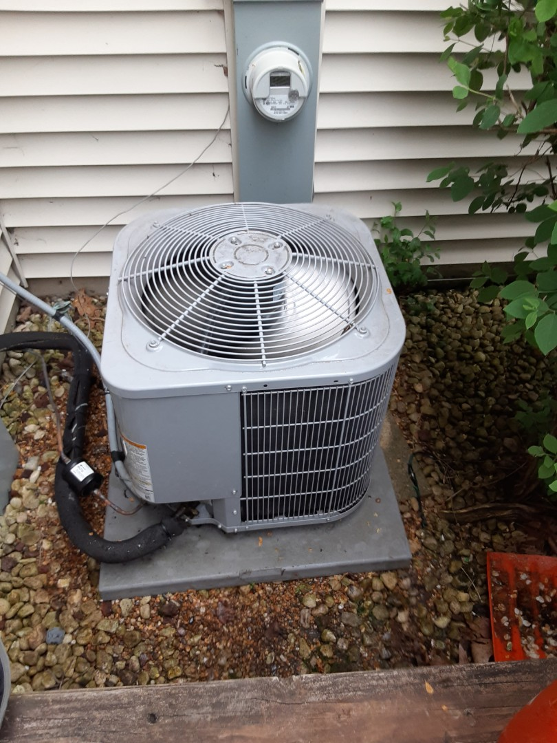 Winfield, IL - Complete ac maintenance. No recommendations at this time.