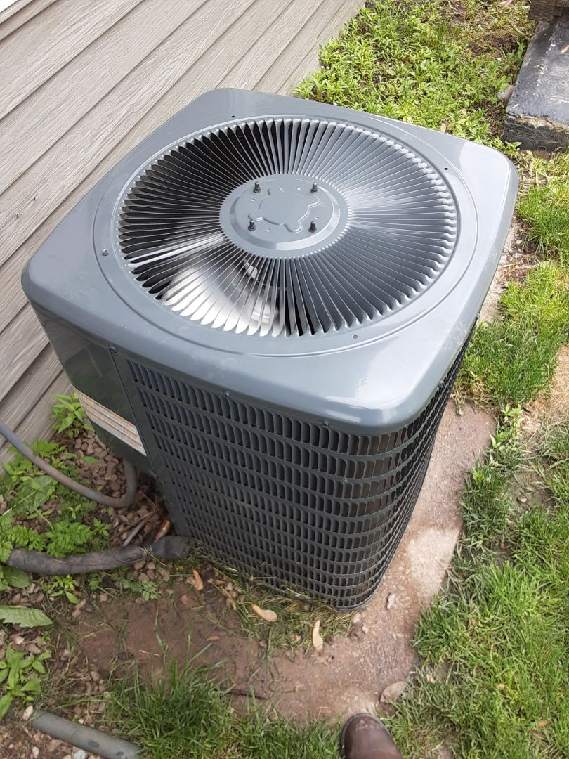 Romeoville, IL - Complete ac diagnostic. Added 410a and sealant; all is now operating properly.