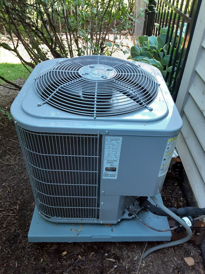 Aurora, IL - Complete ac maintenance on 2nd floor ac unit. Recommend replacing filters and getting an ac maintenance on 1st floor unit.