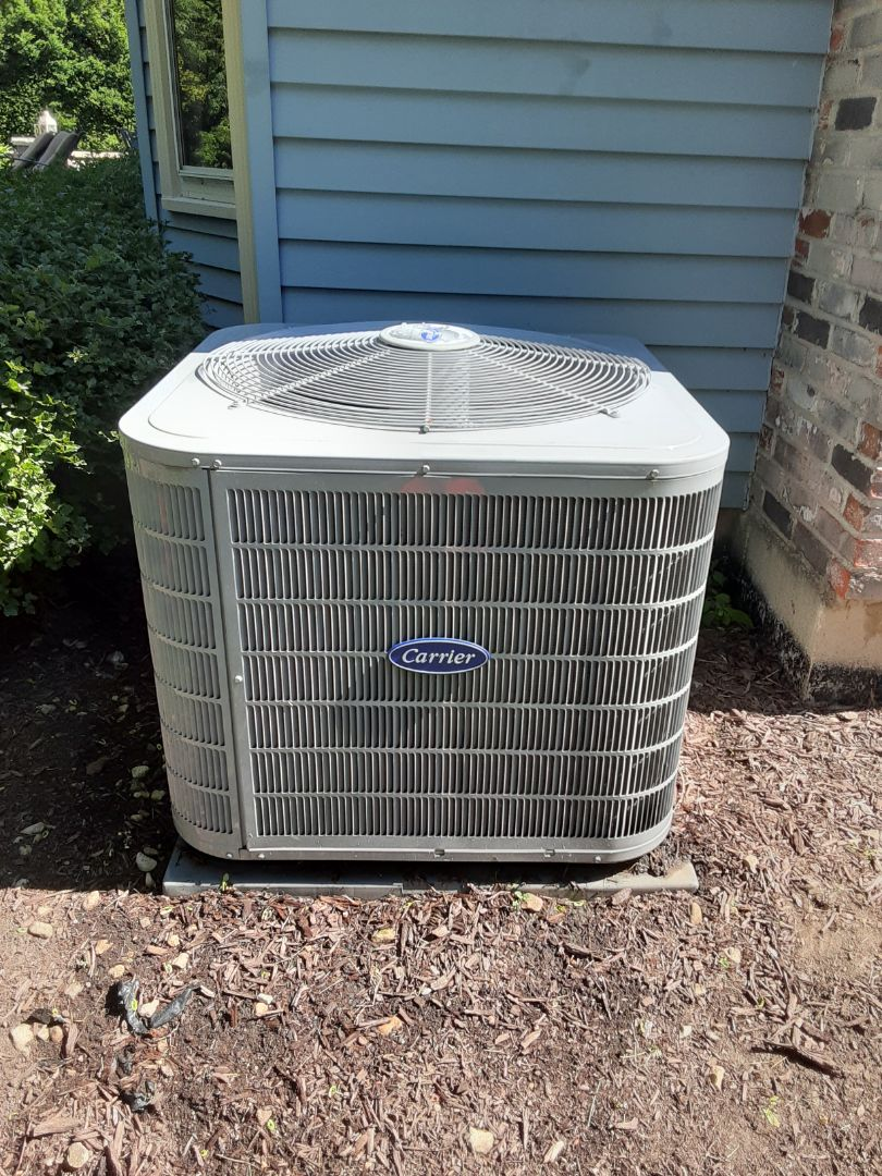 Naperville, IL - Complete ac maintenance. Recommend replacing filter.