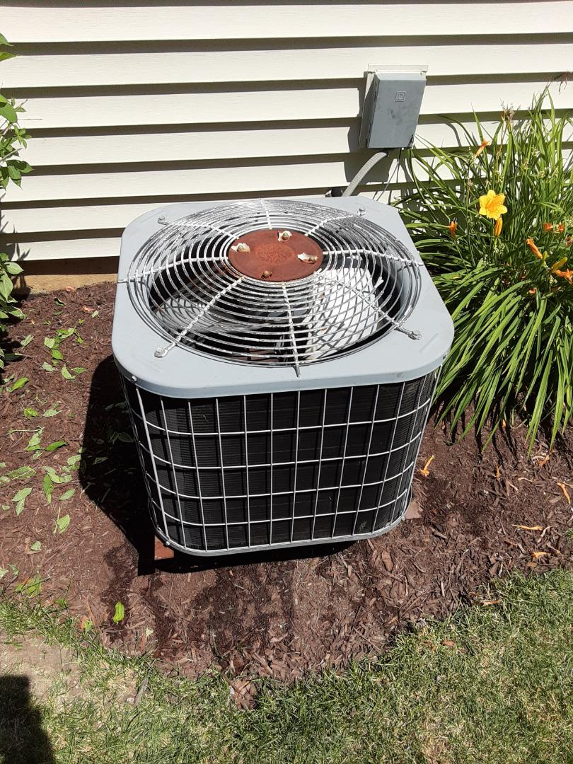Complete ac maintenance. Recommend adding R22 or replacing the unit due to age and costs of repair.