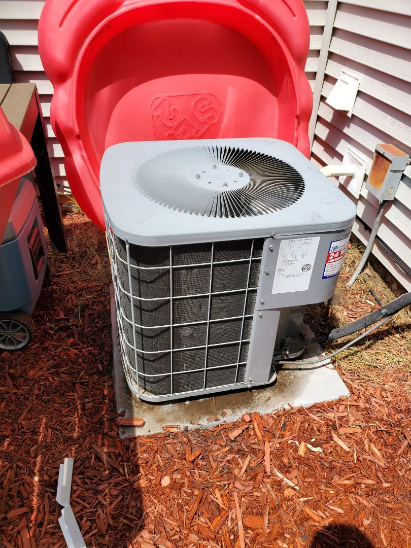Successfully completed ac maintenance for our comfort club member!