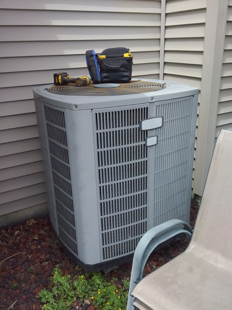 Naperville, IL - Diagnosed American standard ac system for no cooling.