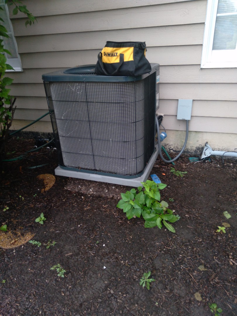 Naperville, IL - Diagnosed americam standard ac for no cooling.