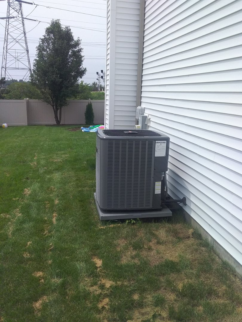 Plainfield, IL - Performed an a/c maintenance on an amana a/c system