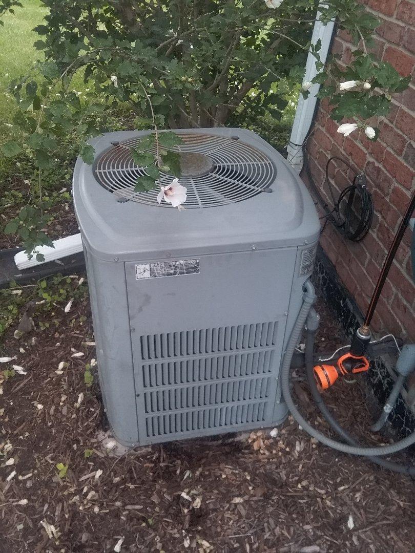 Lockport, IL - No cooling refrigerant leak