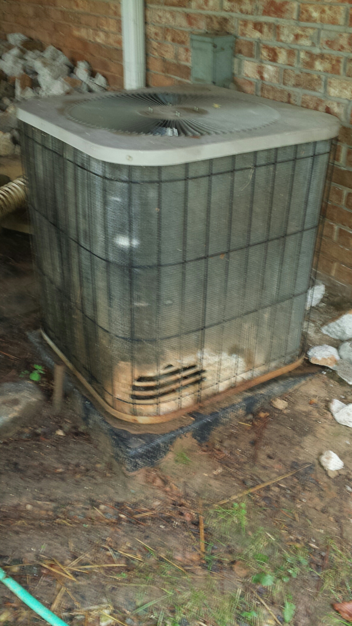 Dunwoody, GA - Service call on a rotted ac condenser