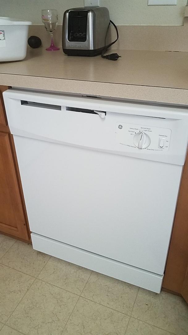 Glenn Heights, TX - Customer supply dishwasher