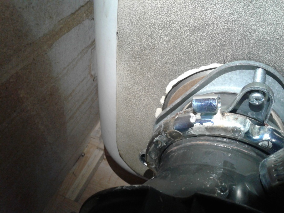 Glenn Heights, TX - Garbage disposal is leaking