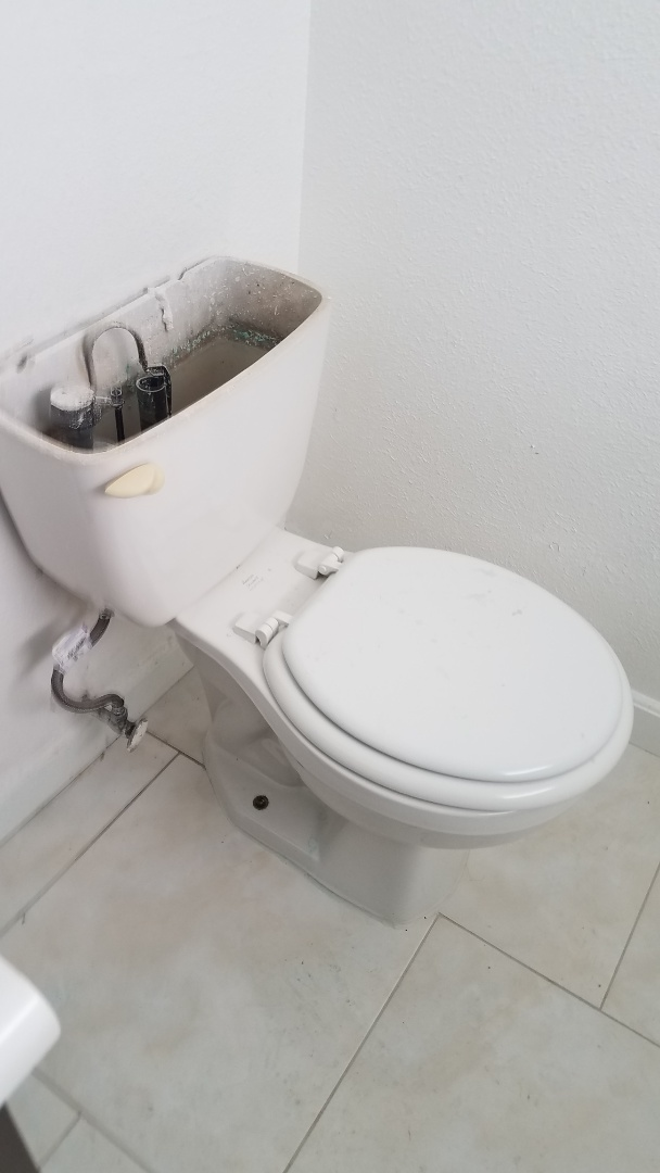 Coppell, TX - Leaking commode