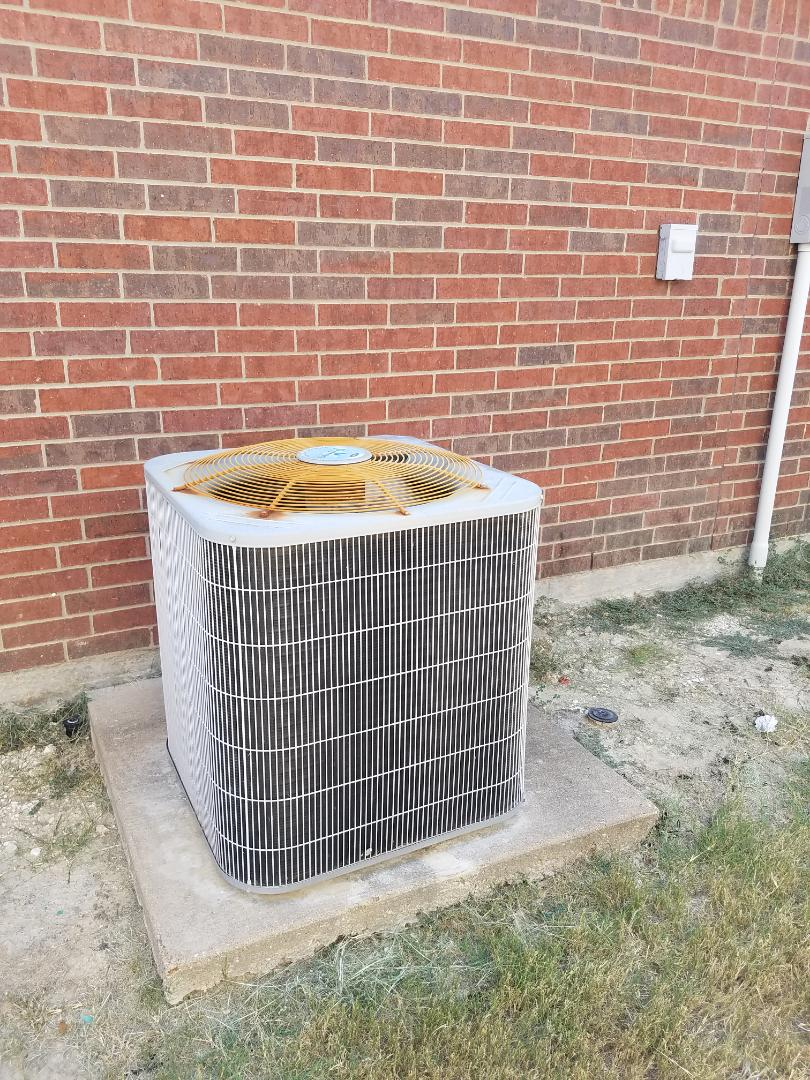 Lancaster, TX - Free estimate for new air conditioning system