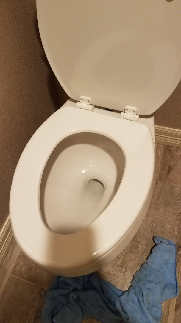 Plano, TX - Leaking commode