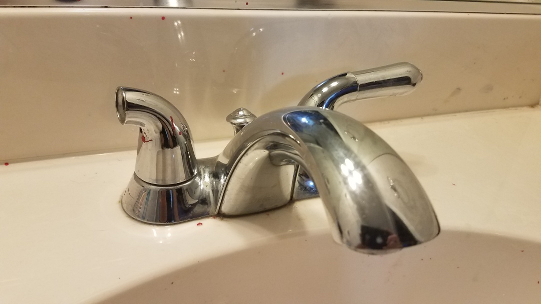 Cedar Hill, TX - Kitcken faucet has low water pressure