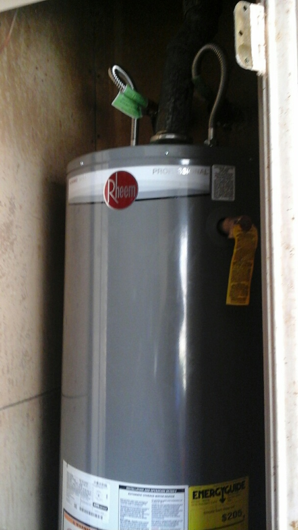 DeSoto, TX - Faucet repair, water heater flush