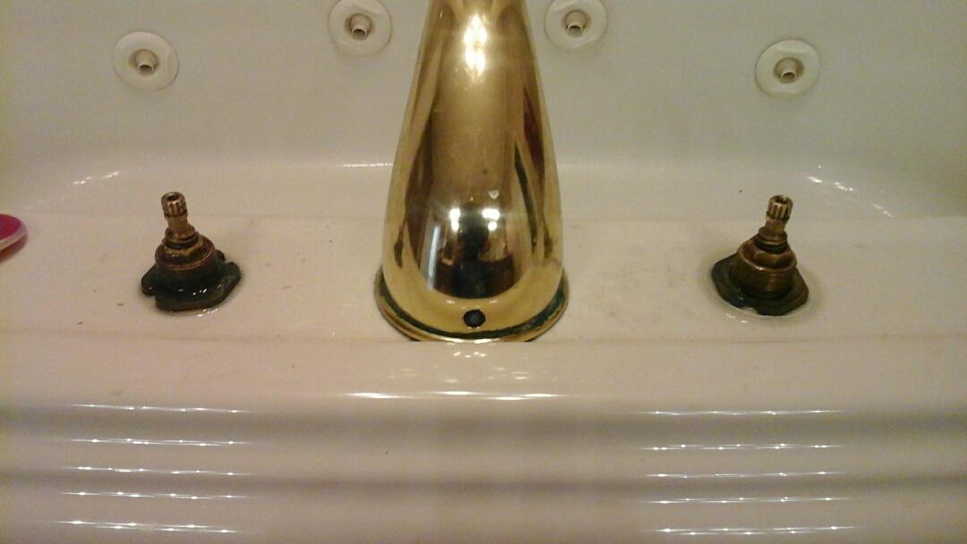 Midlothian, TX - Leakey tub, faucet repair