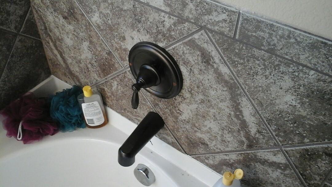 Dallas, TX - Tub faucet repair