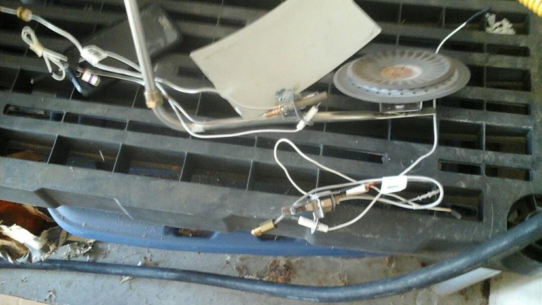 DeSoto, TX - Water heater not staying lit