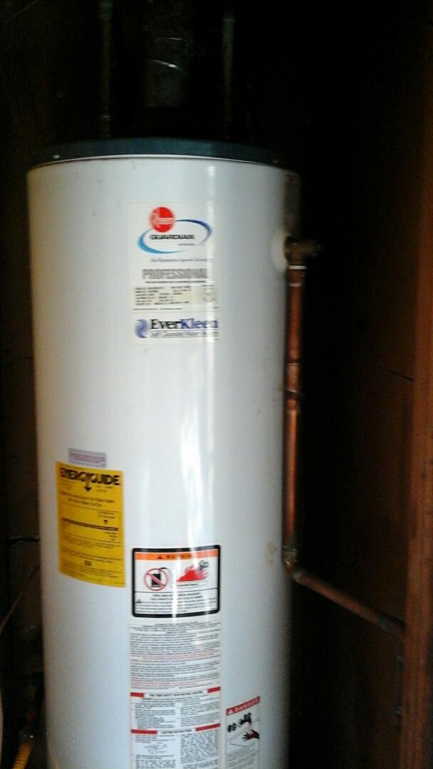 Dallas, TX - Leaking water heater, leaking T&P