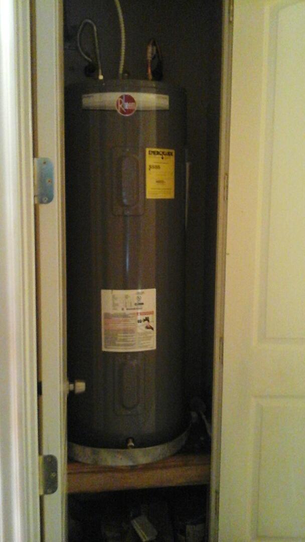 Cedar Hill, TX - Replace water heater