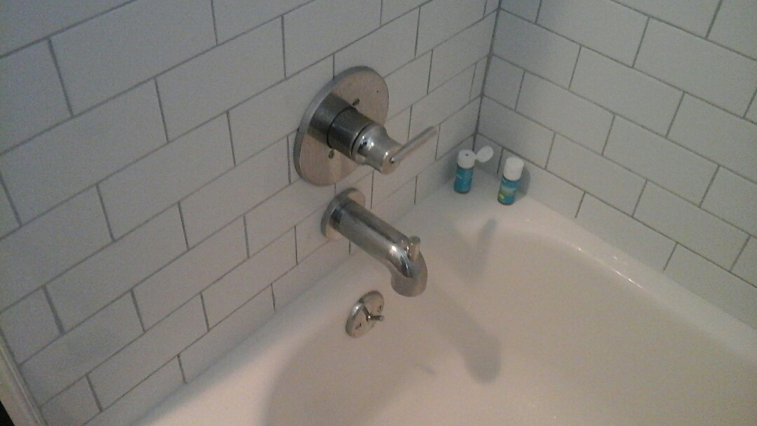 Dallas, TX - Adjust temperature on shower valve