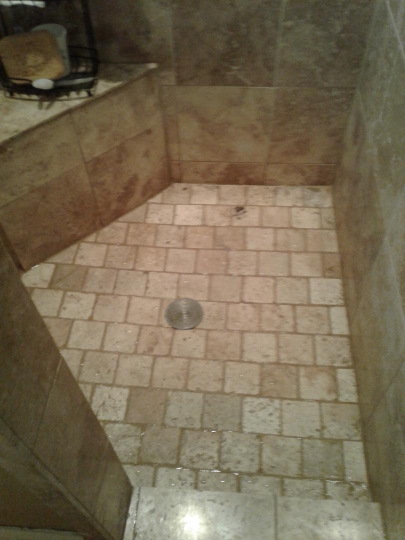 Arlington, TX - Shower stoppage