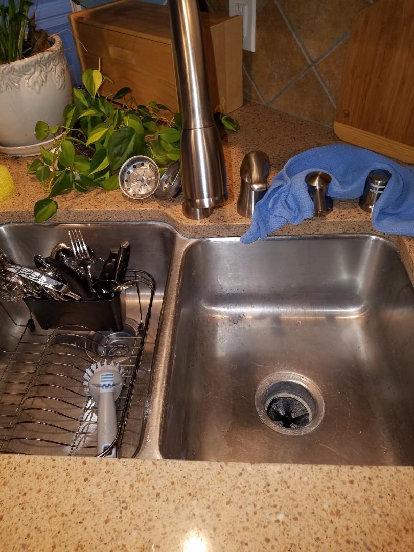 Duncanville, TX - New kitchen faucet