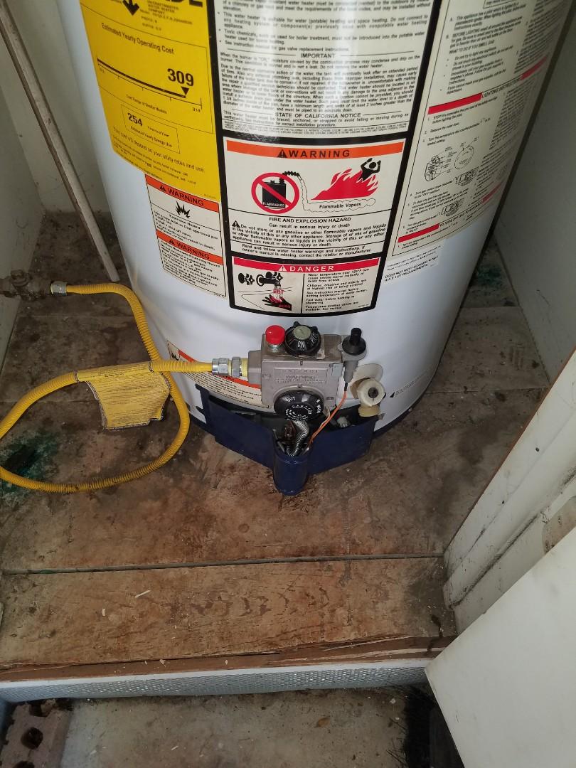 DeSoto, TX - Water heater will not light