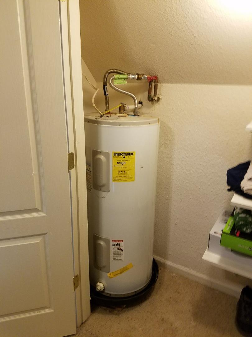 Waxahachie, TX - Repair leak at water heater